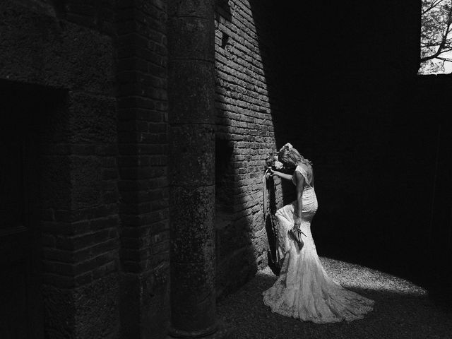 Il matrimonio di Laura e Mattew a Chiusdino, Siena 58