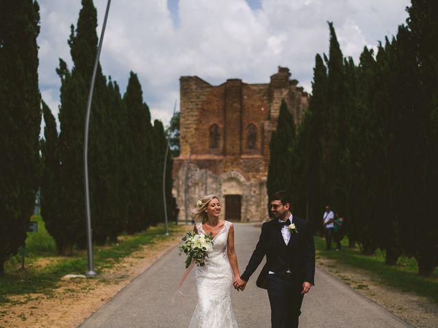 Il matrimonio di Laura e Mattew a Chiusdino, Siena 62