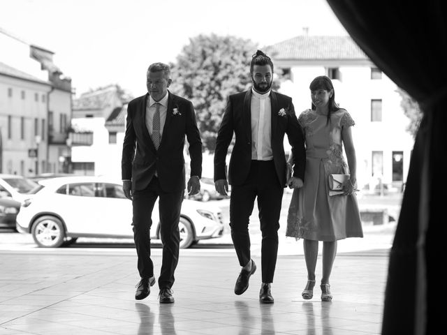 Il matrimonio di Stefano e Michela a Castello di Godego, Treviso 17