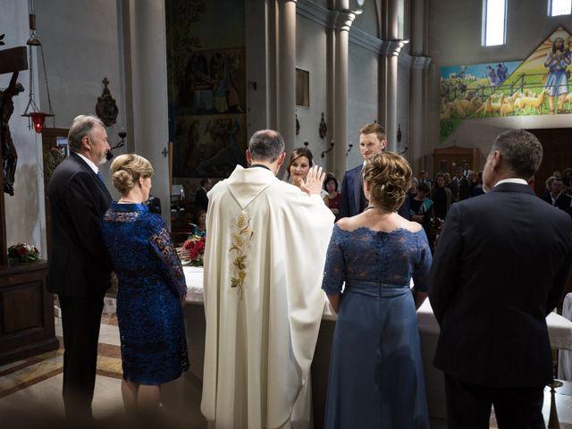 Il matrimonio di Marco e Elena a Romano d'Ezzelino, Vicenza 32
