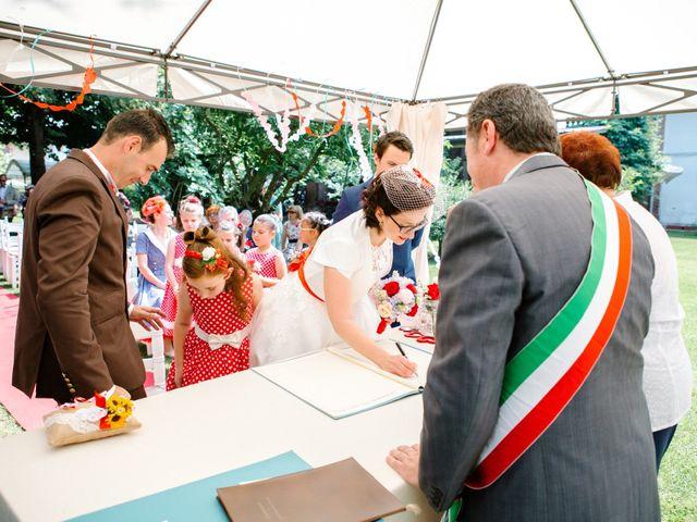 Il matrimonio di Cristiano e Paola a Velezzo Lomellina, Pavia 29