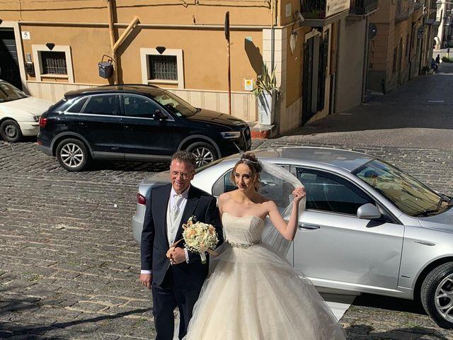 Il matrimonio di Francesco  e Caterina a Valguarnera Caropepe, Enna 26