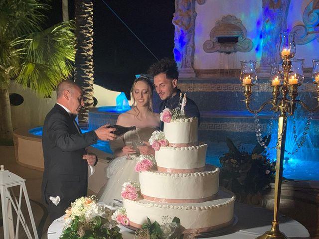 Il matrimonio di Francesco  e Caterina a Valguarnera Caropepe, Enna 33