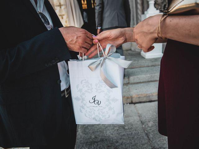 Il matrimonio di Joseph e Valentina a Monforte d'Alba, Cuneo 9