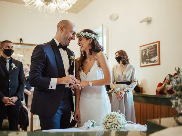 Il matrimonio di Alessio e Luciana a Maglie, Lecce 19