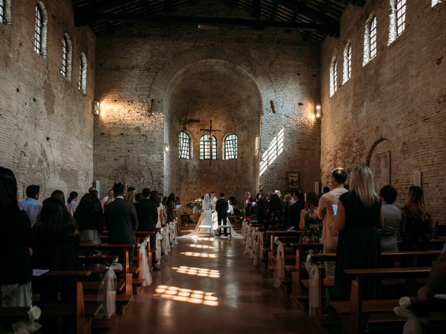 Il matrimonio di Mattia e Linda a Longiano, Forlì-Cesena 36
