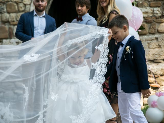 Il matrimonio di Mattia e Linda a Longiano, Forlì-Cesena 54