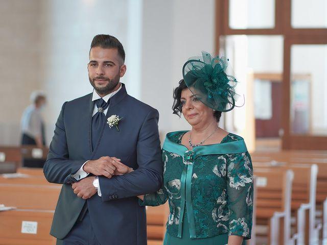 Il matrimonio di Giovanni e Domenica a Ginosa, Taranto 33