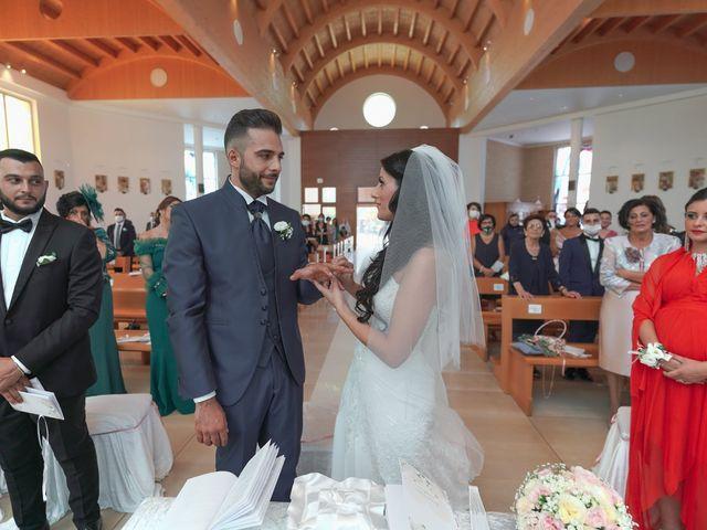 Il matrimonio di Giovanni e Domenica a Ginosa, Taranto 37