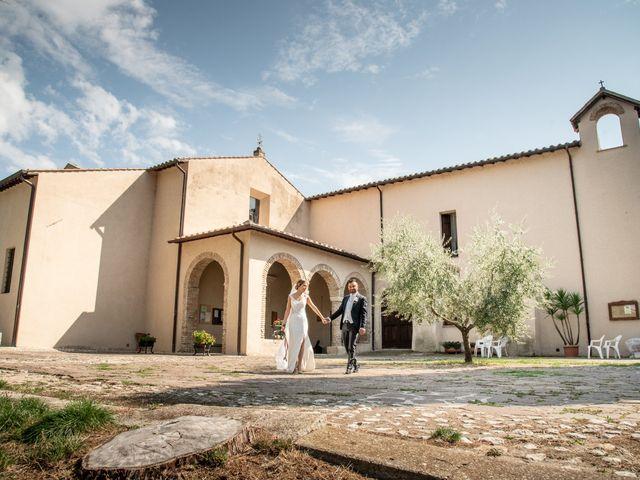 Il matrimonio di Mirko e Elena a Scandriglia, Rieti 40