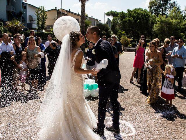 Il matrimonio di Francesco e Linda a Viareggio, Lucca 9