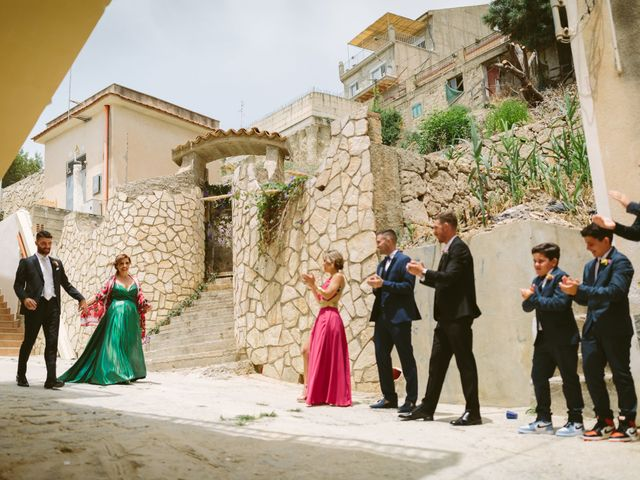 Il matrimonio di Gaetano e Federica a Butera, Caltanissetta 21