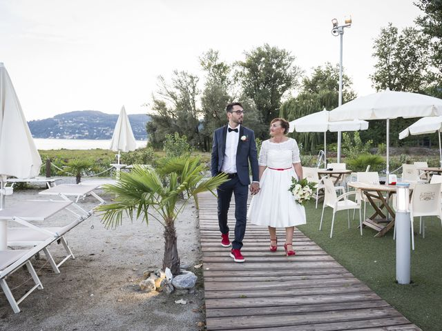 Il matrimonio di Simone e Eleonora a Lesa, Novara 16