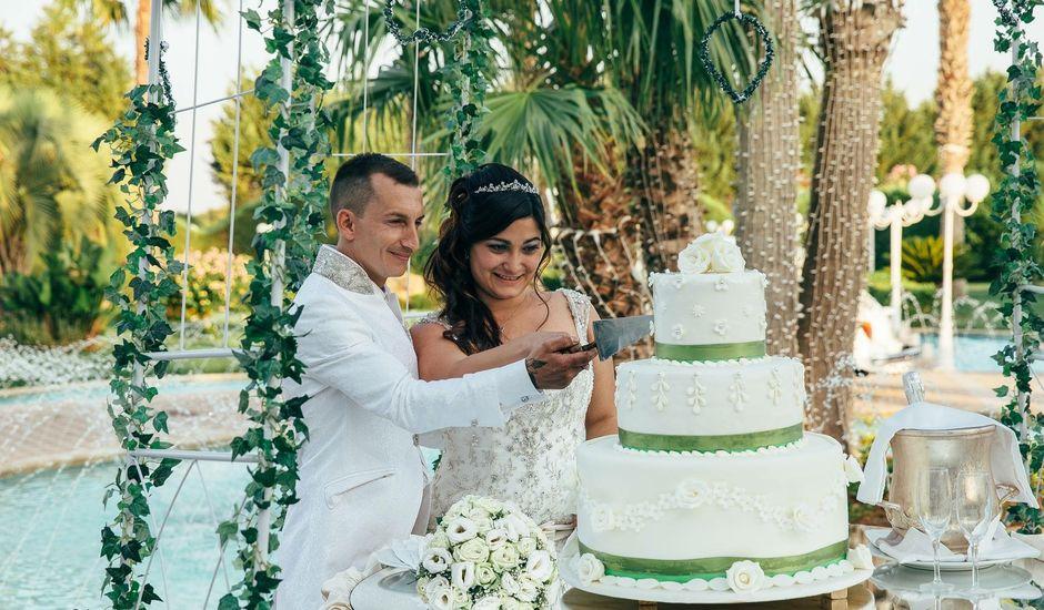 Il matrimonio di Mirko e Vanessa a San Donato di Lecce, Lecce