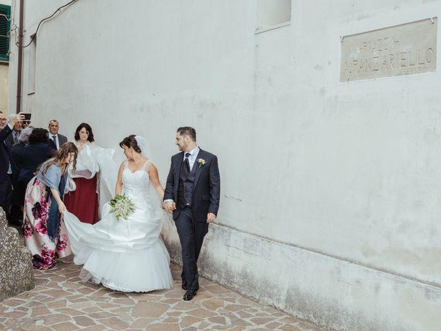 Il matrimonio di Raffaele e Maria Grazia a Futani, Salerno 40
