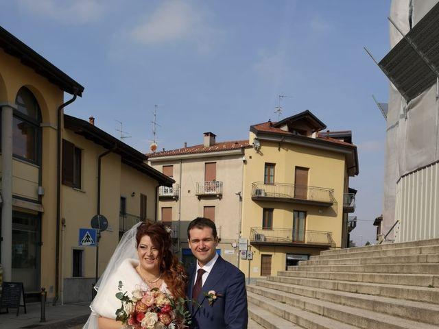 Il matrimonio di Stefano  e Chantal a Carnago, Varese 9
