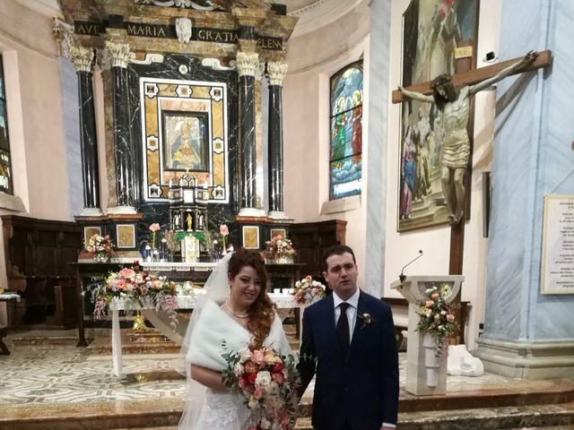 Il matrimonio di Stefano  e Chantal a Carnago, Varese 11