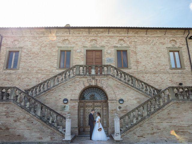 Il matrimonio di Danilo e Elisa a Chiaravalle, Ancona 2