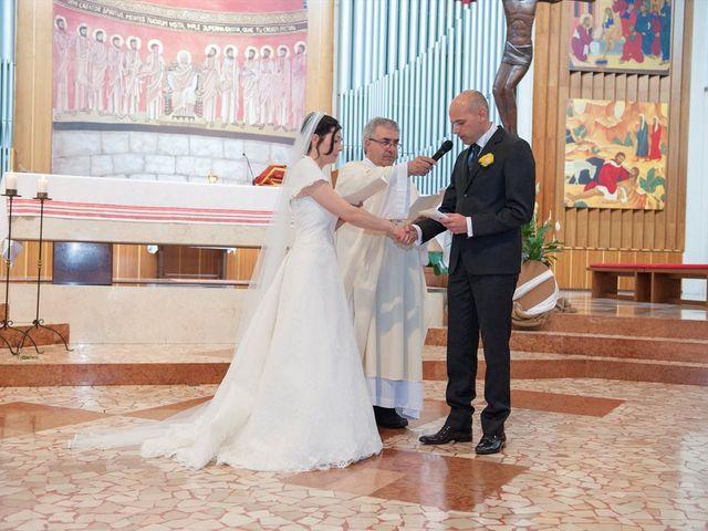 Il matrimonio di Maurizio e Daniela a Lissone, Monza e Brianza 10