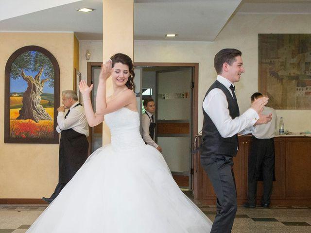 Il matrimonio di Davide e Ester a Lurate Caccivio, Como 24