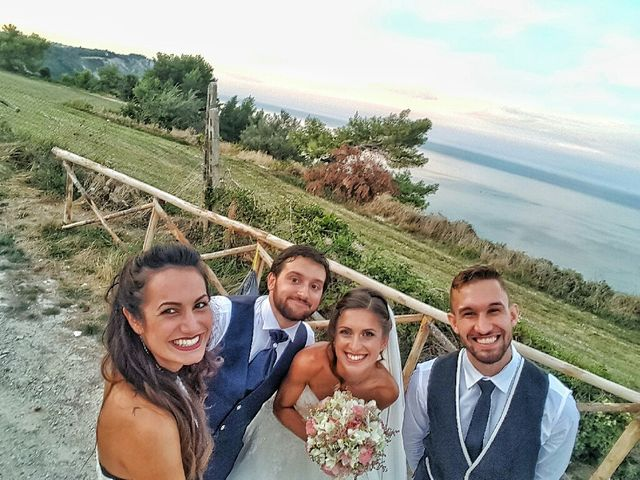 Il matrimonio di Simone e Gloria a Chiaravalle, Ancona 3