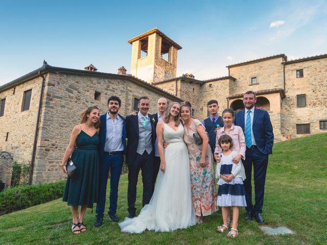 Il matrimonio di Giulio e Helen a Pietralunga, Perugia 20