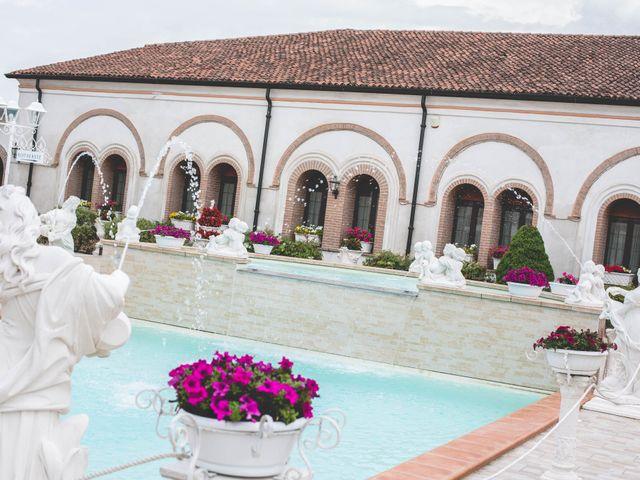 Il matrimonio di Cristian e Elena a Casteldidone, Cremona 12