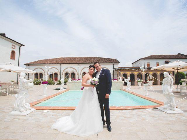 Il matrimonio di Cristian e Elena a Casteldidone, Cremona 16