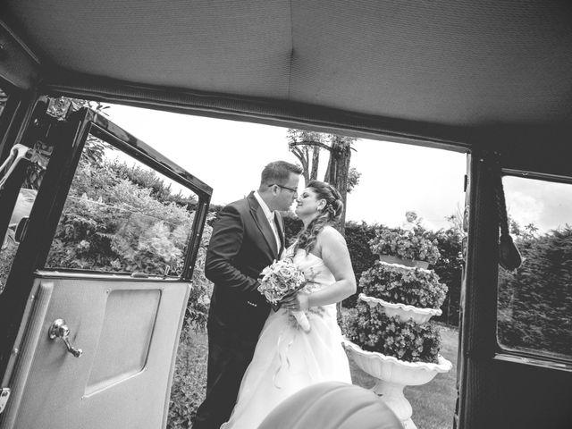 Il matrimonio di Cristian e Elena a Casteldidone, Cremona 17