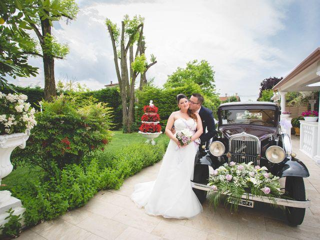 Il matrimonio di Cristian e Elena a Casteldidone, Cremona 18