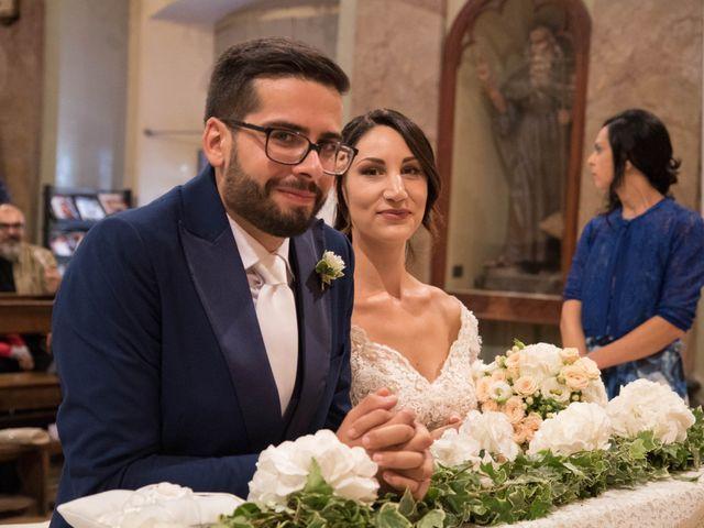 Il matrimonio di Christopher e Lucia a Belforte del Chienti, Macerata 39