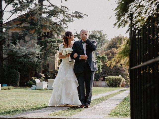 Il matrimonio di Luca e Jessica a Tradate, Varese 28