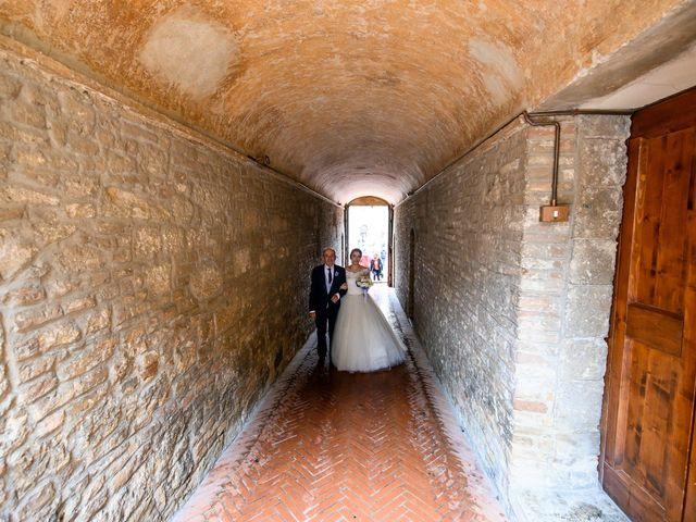 Il matrimonio di Francesco e Victoria a San Gimignano, Siena 37