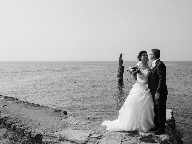Il matrimonio di Luca e Raffaella a Bardolino, Verona 43