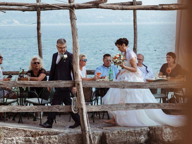 Il matrimonio di Luca e Raffaella a Bardolino, Verona 51