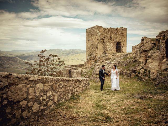 Il matrimonio di Nicoletta e Santo a Agira, Enna 122