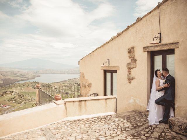 Il matrimonio di Nicoletta e Santo a Agira, Enna 127