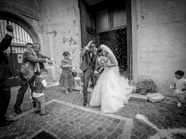 Il matrimonio di Andrea e Eleonora a Caronno Pertusella, Varese 14