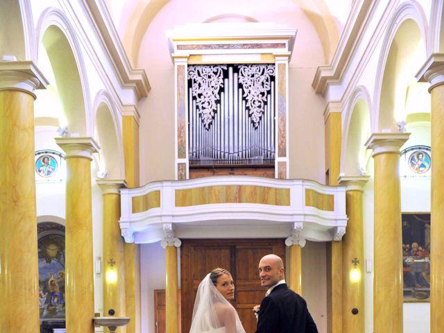 Il matrimonio di Cristina e Omar a Pieve a Nievole, Pistoia 36