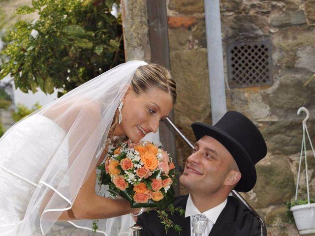 Il matrimonio di Cristina e Omar a Pieve a Nievole, Pistoia 38