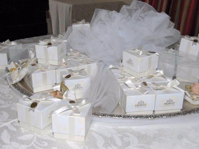 Il matrimonio di Cristina e Omar a Pieve a Nievole, Pistoia 51