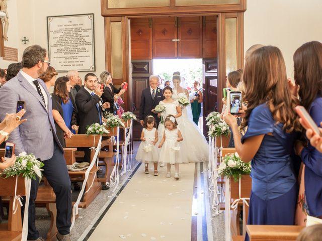 Il matrimonio di Antonio e Lucia a Belvedere  Marittimo, Cosenza 27