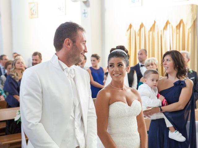 Il matrimonio di Antonio e Lucia a Belvedere  Marittimo, Cosenza 28