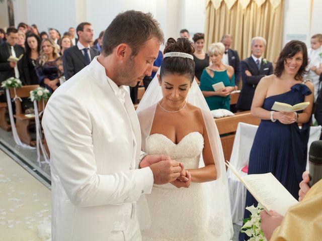 Il matrimonio di Antonio e Lucia a Belvedere  Marittimo, Cosenza 29