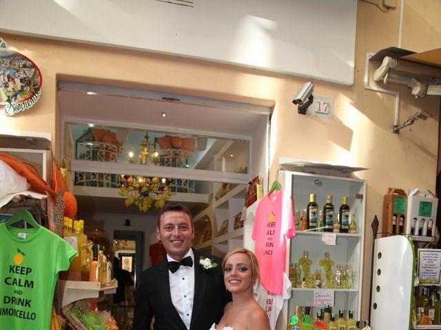 Il matrimonio di Gianpaolo e Vincenza a Sorrento, Napoli 19