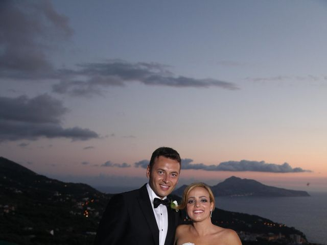 Il matrimonio di Gianpaolo e Vincenza a Sorrento, Napoli 38