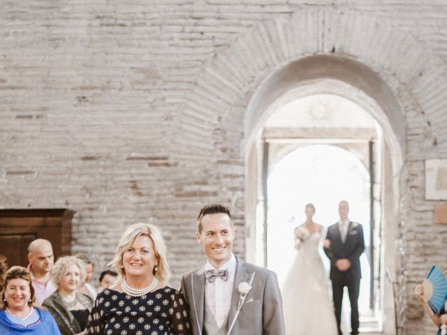 Il matrimonio di Giulio e Veronica a Santarcangelo di Romagna, Rimini 16
