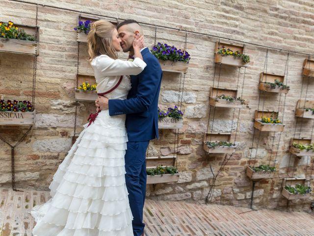 Il matrimonio di Luca e Jessica a Spello, Perugia 14