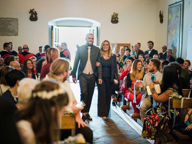 Il matrimonio di Gabriele e Elisabetta a Budoni, Sassari 30