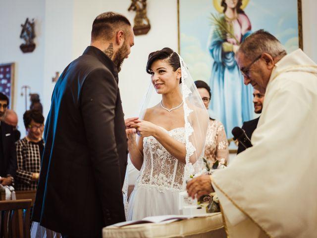 Il matrimonio di Gabriele e Elisabetta a Budoni, Sassari 35
